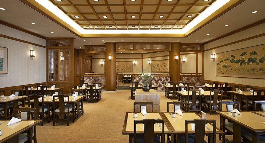 中餐饮亚搏电竞唯一官网设计实景图片